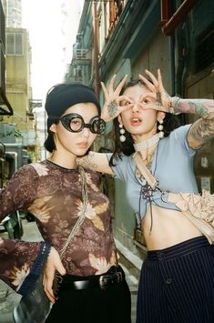 Fashion Tips Outfits .Fashion Tips Outfits Look Fashion, Street Fashion, Fashion Outfits, Classy Fashion, Petite Fashion, French Fashion, Modest Fashion, 90s Fashion, Hijab Fashion