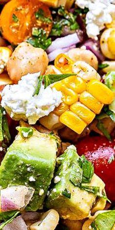 Tomato Avocado Corn Salad Best Salad Recipes, Salad Dressing Recipes, Good Healthy Recipes, Skinny Recipes, Lunch Recipes, Healthy Foods, Easy Recipes, Corn Avocado Salad, Corn Salads