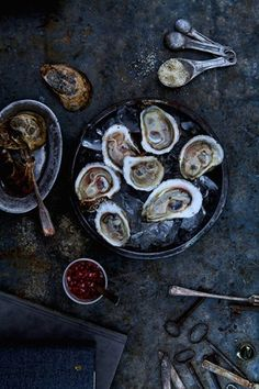 shucked oysters, so pretty!