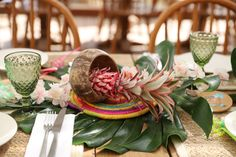 Pineapple table centerpiece for a surf and Hawaï kids birthday in St Tropez Table Centerpieces, Table Decorations, Courchevel 1850, Kids Events, Bar Mitzvah, Surf, Pineapple, Birthday, Party