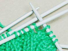 Neulotut lapaset – kolme perusohjetta - Yhteishyvä Clothes Hanger, Coat Hanger, Clothes Hangers, Clothes Racks