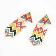 Add up some unique look by this season's geometric earrings.    It is only 19PLN!     http://ouzzi... pinned with Pinvolve