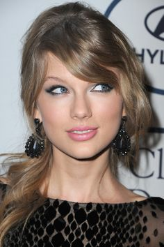 Taylor Swift - Clive Davis Pre- Grammy Gala 2014 - Beverly Hills Hotel - Beverly Hills, CA. - January 25, 2014.
