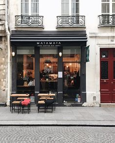 Paris is all about discovering new places, Matamata Coffee Bar beautifully photographed by @vincentpa_ there is always a new corner and a new café to discover in Paris, this one via @topparisresto #thisisparis always something new to discover, taste and experience #paris #france #topparisphoto #eatinparis #travelawesome #beautifuldestinations #bestvacation #parisjetaime #weloveparis #parisian