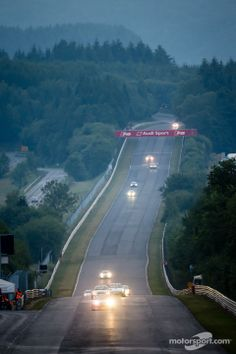 24h Nürburgring 2014 Nordschleife by night (960×1440)