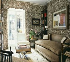 Fan Favorite - Habitually Chic --London interior designer Veere Grenney, his old London home