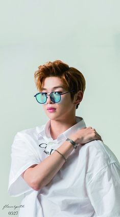 Wanna One Kang Daniel X Kissing Heart Wallpaper K Pop, Jinyoung, Daniel K, Produce 101 Season 2, 3 In One, K Idols, Korean Singer, Future Husband, Mirrored Sunglasses