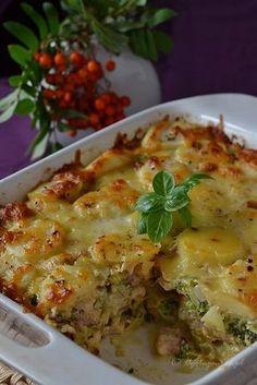 Zapiekanka ziemniaczana z boczkiem Diabetic Recipes For Dinner, Dinner Recipes, Healthy Recipes, Polish Recipes, Lasagna, Macaroni And Cheese, Food Porn, Good Food, Food And Drink
