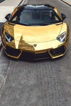 Gold wrapped Lamborghini Aventador.