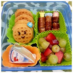 I Heart Lunch: Finding Ideas and Inspiration for Bentos Breakfast Bento Kids Lunch For School, Healthy School Lunches, Baby Food Recipes, Healthy Recipes, Healthy Snacks, Cute Lunch Boxes, Toddler Lunches, Toddler Dinners, Boite A Lunch
