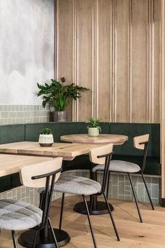 London's Farmer J Restaurant has cloudy gray surfaces and green accents - Haus Dekoration ideen 2018 - Chair Design Restaurant Interior Design, Commercial Interior Design, Commercial Interiors, Modern Interior Design, Interior Design Inspiration, Interior Ideas, Bistro Interior, Small Restaurant Design, Coastal Interior