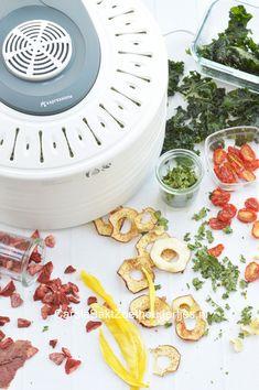 Voedseldroger droogt fruit, groente, kruiden en vlees