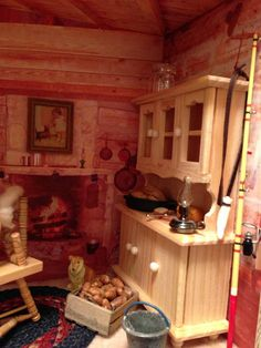 Free ideas for your lighted dollhouse, furniture, miniatures. Easy doll house decorating ideas, tips, free wallpaper and flooring downloads.