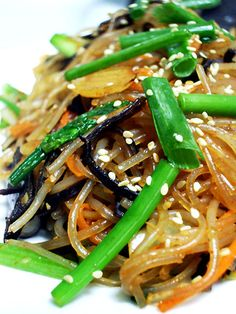Vegan Stir-fry Korean Glass Noodles with Spicy Pepper Paste