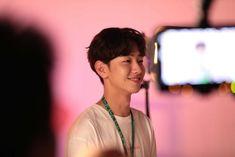 Beautiful Boys, Pretty Boys, Cute Boys, Rose Blonde Hair, Netflix Dramas, Net Flix, Kdrama Actors, Korean Actors, Korean Idols