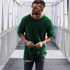 Men Sweater Autumn Winter Knitted Solid Simply Style Pullover Casual Loose O Neck Sweater Jumper Male Black Outerwear brand 2018 Mens Fashion Sweaters, Sweater Fashion, Fashion Hoodies, Gq, Outfit Gym, Nike Free, Urban Outfitters, Mens Knit Sweater, Pullover Mode