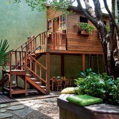 tiny-courtyard-3