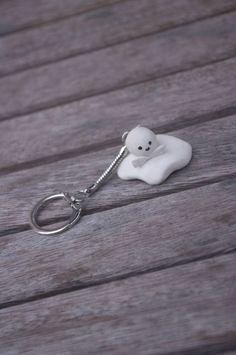 Teru teru bozu polymer clay keychain by AmigurumiByAli on Etsy, $8.00
