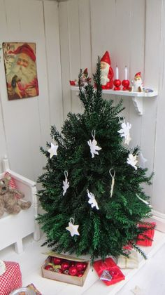 witgift Puppenhaus Zubeh/ör 6 cm Mini Weihnachtskranz Miniatur T/ürkranz Weihnachten Weihnachtsdeko Garten Dekoration Puppenstube Weihnachten Ornamente