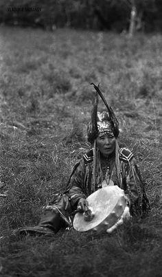 She.Shaman. Adyg Eeren shamanic society in Tuva by Vladimir Shibanov, via Flickr