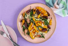 Warm Beetroot And Pumpkin Salad With Roasted Pumpkin Seeds – Kayla Itsines Pumpkin And Beetroot Salad, Pumpkin Salad, Roasted Pumpkin Seeds, Roast Pumpkin, Healthy Cooking, Cooking Recipes, Healthy Recipes, Healthy Fats, Tostadas