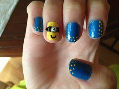 Dotted minion nail art