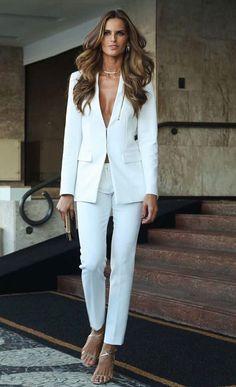 11 célébrités qui ont secoué avec un costume blanc – Guita Moda – The World Suit Fashion, Look Fashion, Fashion Outfits, Womens Fashion, Feminine Fashion, Blazer Fashion, Fashion Weeks, Milan Fashion, White Blazer Outfits