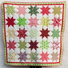 Christmas Star Quilt by bearpawandbearpaw, via Flickr