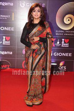 Bollywood Celebs at Gima Awards 2016 Photos Beautiful Girl Indian, Most Beautiful Indian Actress, Bollywood Fashion, Bollywood Actress, Saree Wearing Styles, Sexy Little Black Dresses, Image Model, Elegant Saree, Desi Clothes