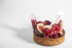 Un weekend à New-York [Vanilla cream, cheesecake insert, raspberry pate de fruits, summer fruit, raspberry coulis pipette] | Poppy & Sebastian