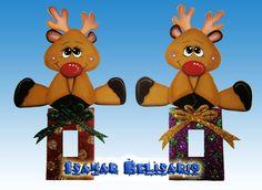 adornos para los apagadores en foami - Buscar con Google Christmas Door Decorations, Christmas Crafts, Christmas Ornaments, Holiday Decor, Cute Crafts, Crafts To Sell, Candy Bouquet, Foam Crafts, Switch Plates
