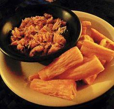 Suriname Food - Carribean Food - Telo: Gebakken Cassave & Bakkeljauw gebakken met Uien,  Knoflook, Tomaten & Selderij - (Fried Cassava & Cod fried with Onions,  Garlic, Tomatoes & Celery)