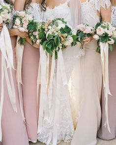Today, our blogger bride @StephanieScholl is sharing the story behind her bridesmaid dresses, as well as a few images that have been inspiring her (like this lovely one from @JoseVilla!). Head to the link in our profile for her latest installment! - @EmilyAyerThomas  http://southernweddings.com/2016/12/20/stephanies-southern-wedding-bridesmaid-style/