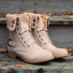 Cambridge Beige Fur Cuff Lace Up Boots | Amazing Lace