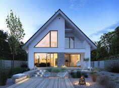 Dostępny - niewielki dom z nowoczesnymi akcentami Home Building Design, Home Design Plans, Building A House, Exterior Paint Colors For House, Dream House Exterior, Modern Bungalow Exterior, House Extension Design, Facade House, Modern House Design
