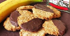 Oat, banana and coconut perfect combination Sweet Recipes, Vegan Recipes, Gluten Free Cookies, Cupcakes, Sans Gluten, Light Recipes, Healthy Desserts, Cooking Time, Love Food