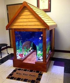 Interior decorating with aquariums is fun. Many people around the world dream about adding tropical fish tanks to their rooms and creating fantastic centerpieces. Small aquarium designs and large trop Useful Tips for Successful Interior Decorating Aquarium Setup, Aquarium Design, Home Aquarium, Aquarium Ideas, Cool Fish Tanks, Tropical Fish Tanks, Aquascaping, Aquariums, Conception Aquarium