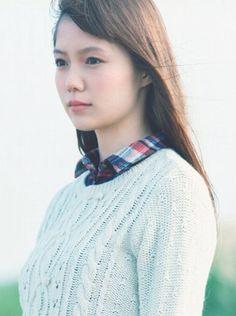 Aoi Miyazaki - earth music & ecology Cute Japanese Girl, Japanese Beauty, Miyazaki, Cute Girls, Beautiful Women, Feminine, Actresses, Portrait, My Style