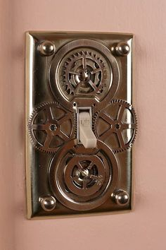 Steampunk Light Switch And Outlet Plates? Casa Steampunk, Steampunk Home Decor, Steampunk Design, Steampunk Fashion, Steampunk Crafts, Steampunk Furniture, Industrial Furniture, Steampunk Bathroom Decor, Modern Furniture