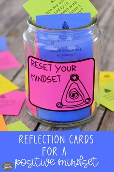 Over 700 printable reflection cards encourage mindfulness Writing Skills, Writing Prompts, Journal Prompts, Journals, Meaningful Conversations, Positive Living, Choose Joy, Conversation Starters, Thoughts And Feelings