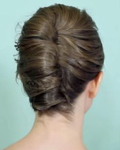 A Simple French Twist for Short Hair. It's an everyday updo. Really.