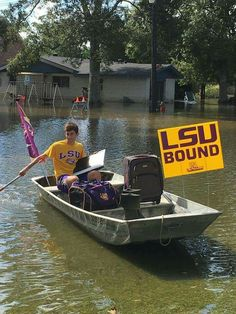 LSU Incoming Freshman Rowing to Move-In During the Louisiana Floods.