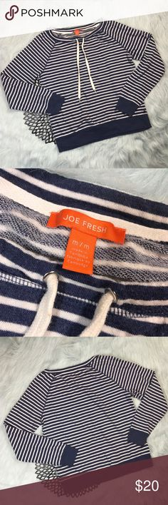 Joe Fresh Blue & White Striped Pullover Sweater *Joe Fresh Women's Blue & White Striped Long Sleeve Pullover Sweatshirt * SizeMedium * Made of 68% cotton & 32% polyester. * Pre-owned, but in excellent used condition. * Measurements: Underarm to underarm is 21 inches. Length is 24 inches. Joe Fresh Sweaters