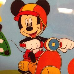 Mickey vespa Art