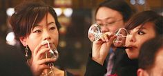 """""""Il #cibo e il #vino sono #elementi identitari per l'#Italia, per cui un #evento come questo, in cui si offre l'opportunità al pubblico #cinese di #scoprire e #conoscere nuovi cibi e nuove pietanze che arrivano dall'Italia, è molto importante"""" #vinitaly #cina #shangai #wine"""