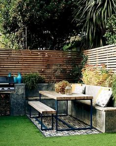 Check out tons of chic and cozy backyard furniture ideas to build an exhilarating outdoor living space. Garden Seating, Outdoor Seating, Outdoor Rooms, Outdoor Living, Outdoor Decor, Lounge Seating, Cozy Backyard, Backyard Landscaping, Landscaping Ideas