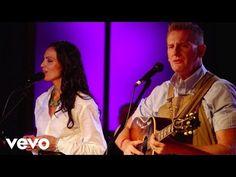 Joey+Rory - I'll Fly Away (Live) - YouTube
