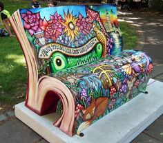 Peter Pan in Bloomsbury. Here's one of two book benches representing JM Barrie's Peter Pan character. This is the one on the Bloomsbury Trail, in Red Lion Square. Cool Furniture, Painted Furniture, Outdoor Furniture, Concrete Furniture, Photografy Art, Outdoor Art, Outdoor Decor, Jm Barrie, Path Design