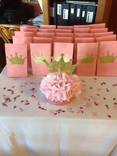 Find the best princess baby shower favors! Get the top favor ideas that all your guests will love. Unique and creative princess baby shower favor ideas Shower Party, Baby Shower Parties, Shower Favors, Shower Prizes, Princesse Party, Princess Theme Birthday, Princess Birthday Centerpieces, Pink Princess Party, Princess Party Favors