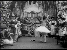 The Christmas Dream (1900) - GEORGES MELIES - Le reve de Noel